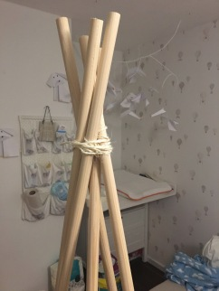 fix poles together with rope to keep them 70cm apart on the floor